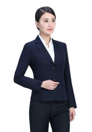 北京服装厂家告诉你怎样选择女士西服定制厂家