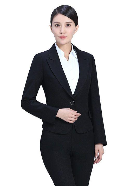 北京前台制服款式的选择与推荐